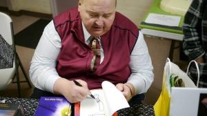 Jon Signing